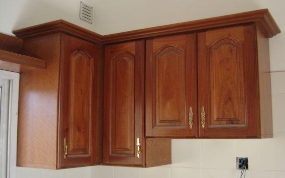 Muebles de cocina la carpinteria de daniel for Armarios de cocina esquineros